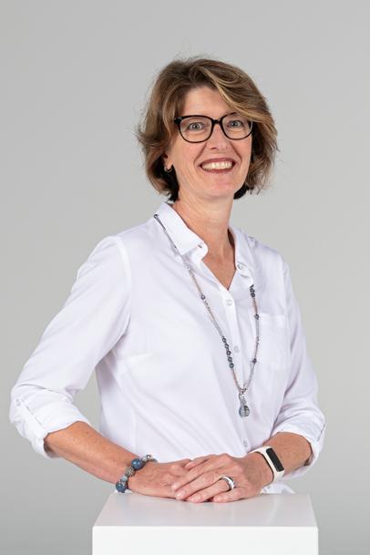 Jacqueline Menzi